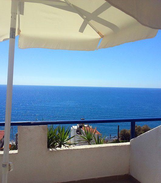 Balkon im Big Blue Hotel Mirtos