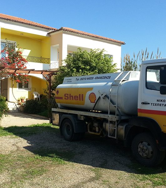 Heizöl liefert auf Kreta der Tankwagen