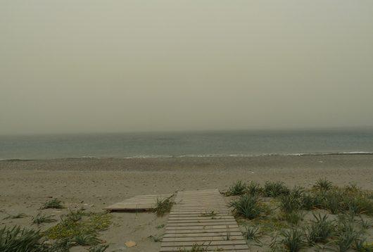 Sandsturm Scirocco am Strand