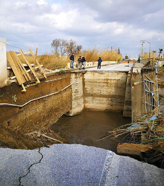 Defekte Brücke bei Platanias