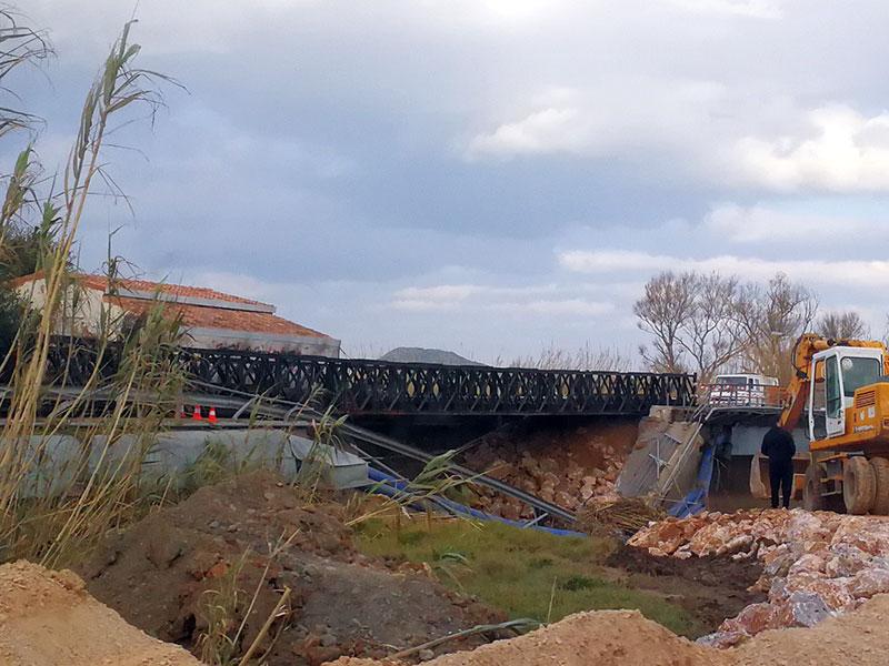 Provisorische Brücke in Platanias
