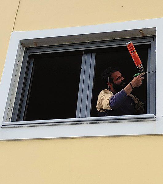 Fenster werden eingebaut