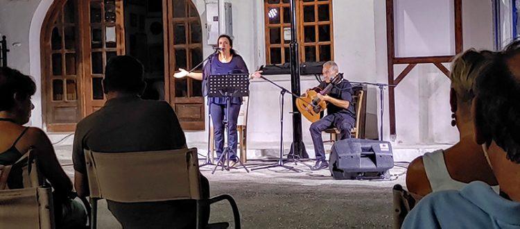 Marianna Zorba und Manolis Manouselis auf dem Konzert am 30.07.2021 in Galatas